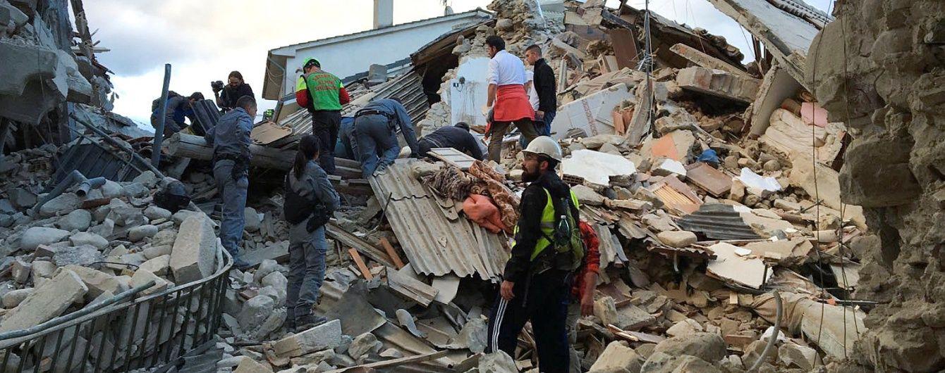 Дочекався: в Італії через два тижні після землетрусу під завалами знайшли живого кота