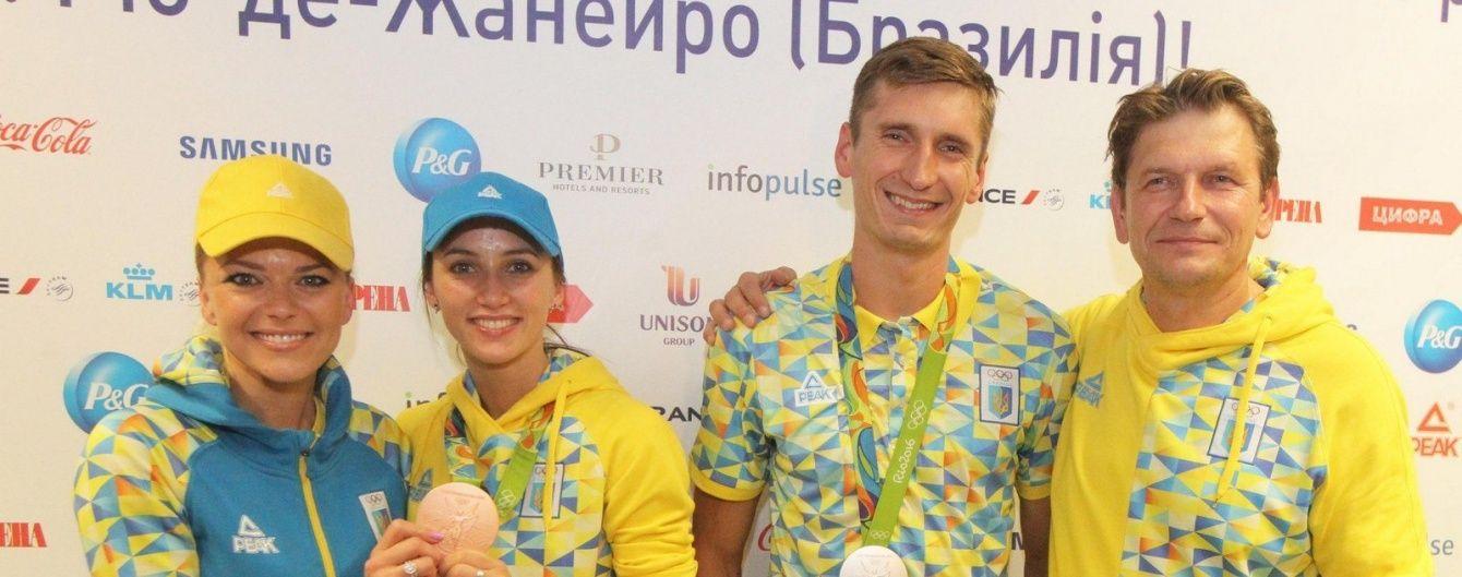 Україна зустріла медалістів Олімпіади-2016 – п'ятиборця Тимощенка та гімнастку Різатдінову