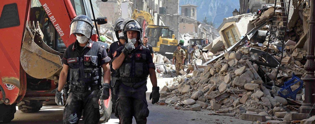 Кількість жертв нищівного землетрусу в Італії зросла до 290 людей