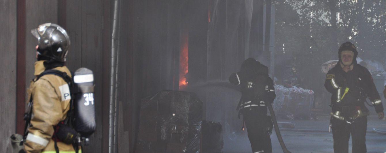 У Мережі з'явилось відео московської пожежі, в якій загинуло 17 людей