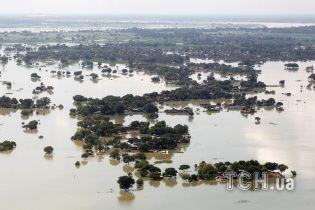 Негода лютує в Індії: 156 осіб загинуло, 1,4 млн залишилися без домівок