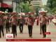У барвистих костюмах, під гру гітар та скрипок у Мексиці відбувся фестиваль маріачі