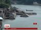 У Індії велика вода змусила мільйони людей залишити свої зруйновані оселі
