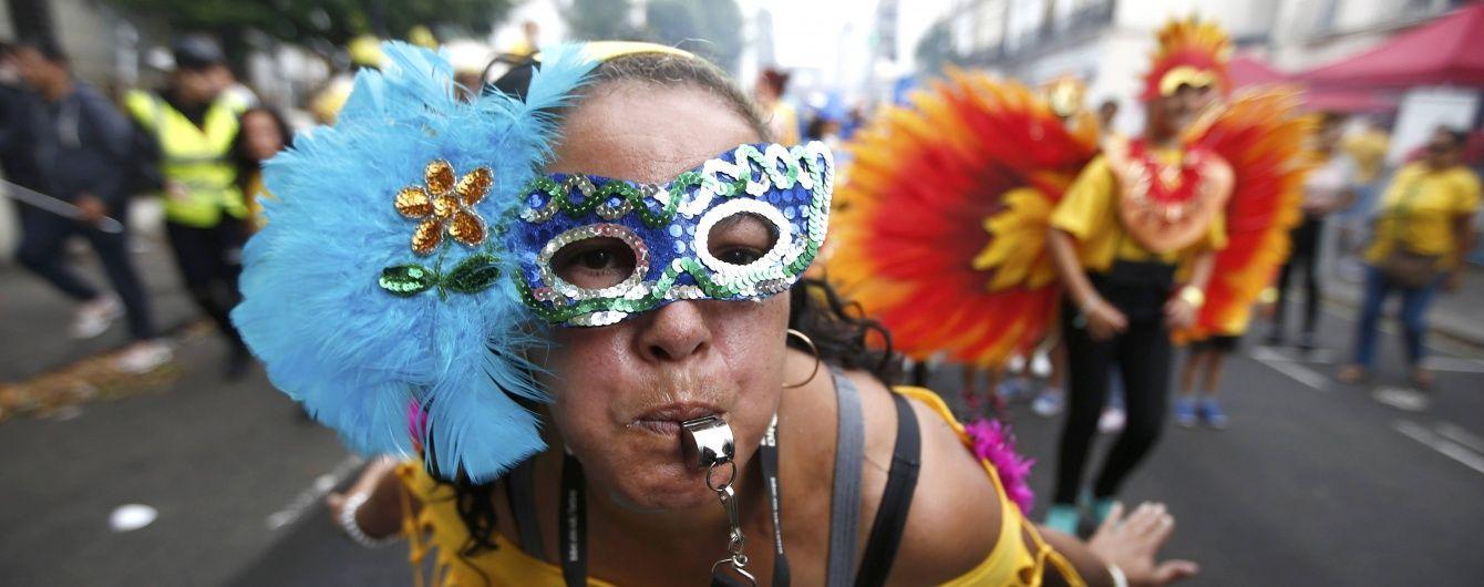 У Лондоні карнавал закінчився масовою бійкою та арештами
