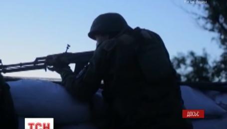 Боевики обстреляли Пески и Каменец из танка