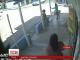 В мережі з'явилось відео, як жінка, підстрибнувши, врятувалась від страшної ДТП в Колумбії