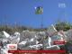На Прикарпатті чоловік створив гігантський кам'яний тризуб для сина, який повернувся з АТОм