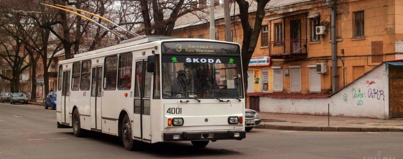 У Житомирі 9-річний хлопчик потрапив під тролейбус