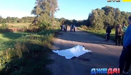На Полтавщине водитель сбил троих ребят, которые по обочине возвращались домой