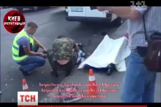 У Києві на Нивках автобус розчавив стареньку жінку
