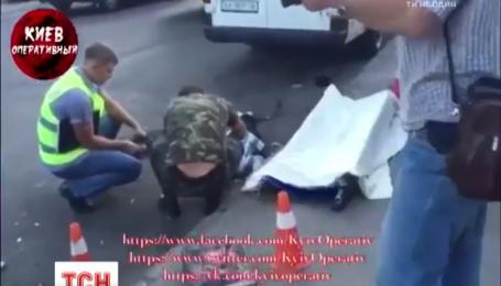 В Киеве водитель маршрутки совершил смертельный наезд на бабушку