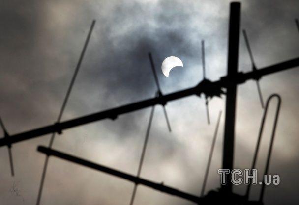 Земляни стали свідками чергового сонячного затемнення