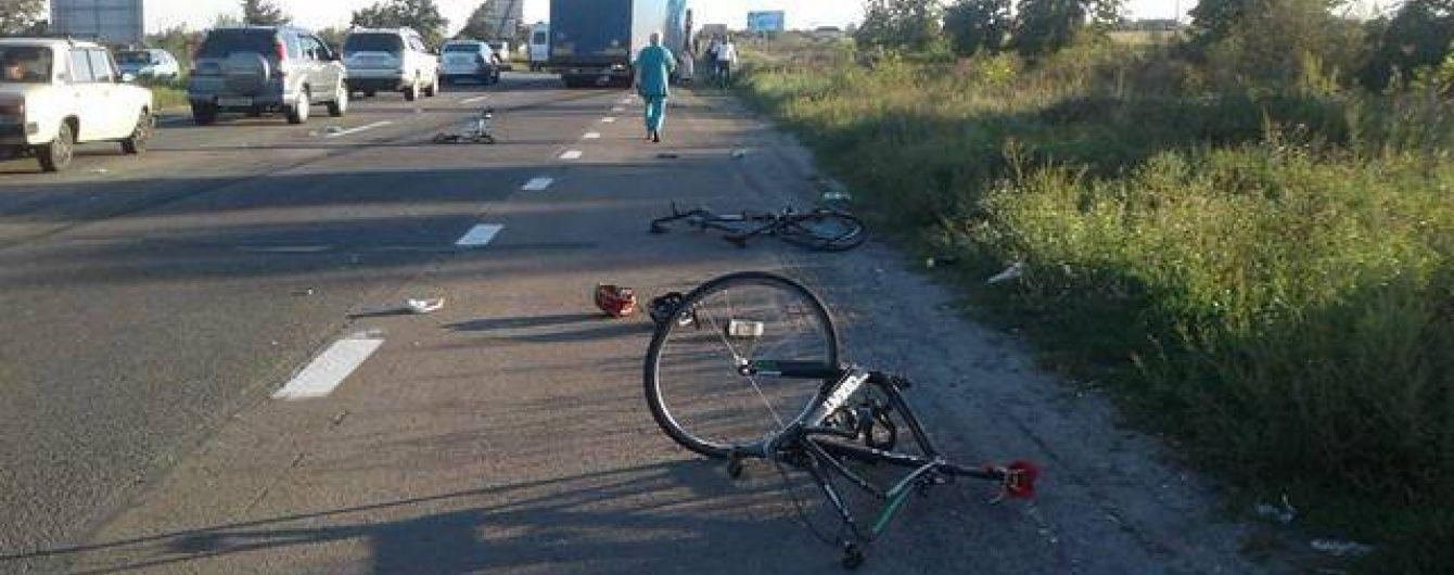 Батьки забрали тіло загиблого у страшній ДТП під Києвом хлопця-велосипедиста на Луганщину