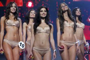 """Як обирали """"Міс Україна 2016"""": розкішні дівчата в купальниках і підступні запитання журі"""