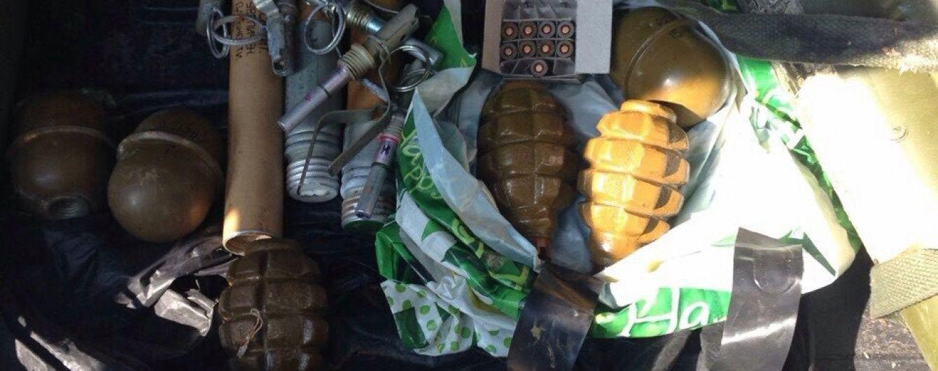 На Донеччині військовослужбовець продавав протитанкові гранатомети