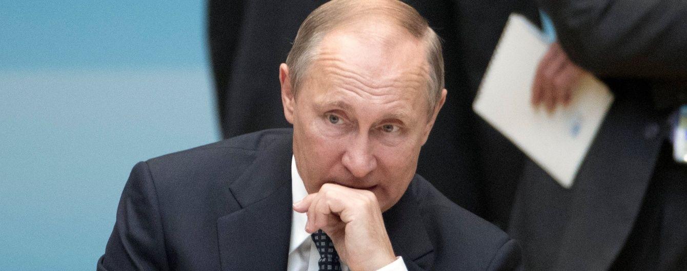 Путин признал, что защищает на Донбассе русскоязычное население