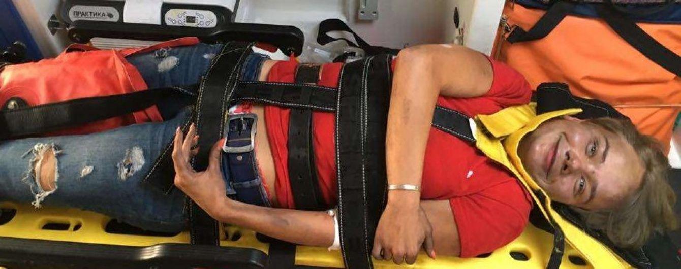 """У постраждалої від пожежі на """"Інтері"""" журналістки виявили травму хребта"""