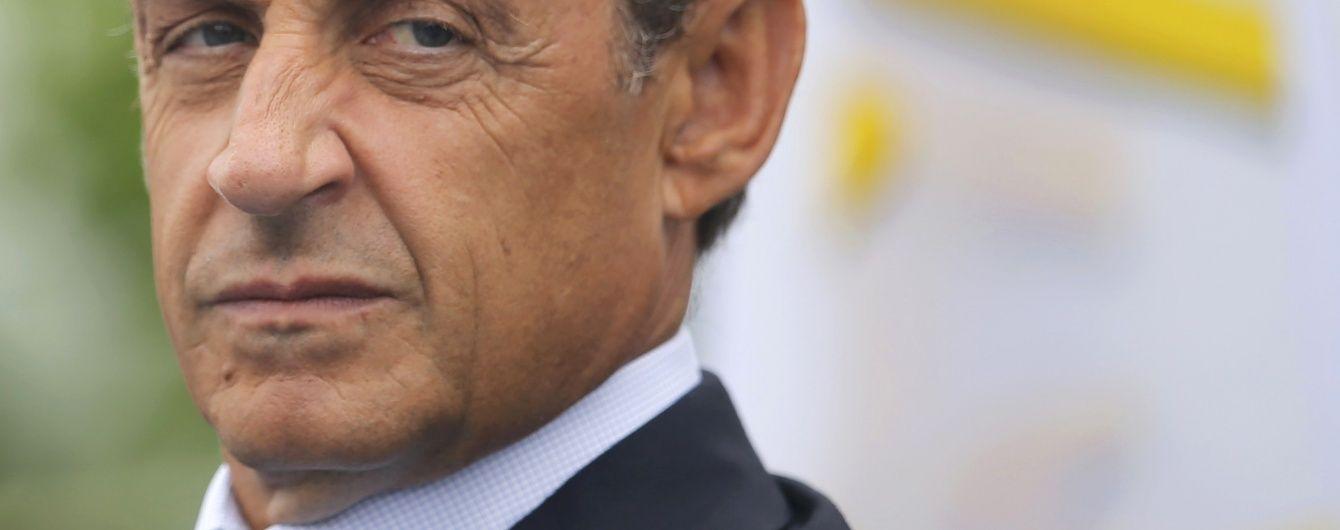 """Саркозі закликав французів голосувати за """"друга Путіна"""""""
