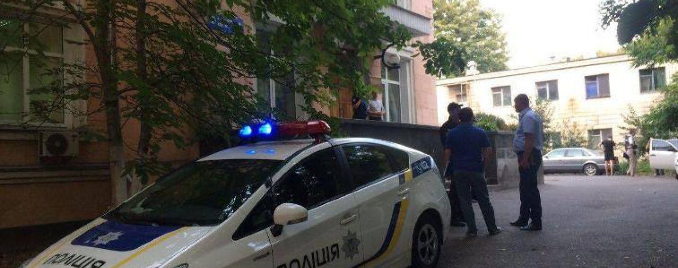Поліція затримала вбивцю, який застрелив чоловіка у лікарні Києва