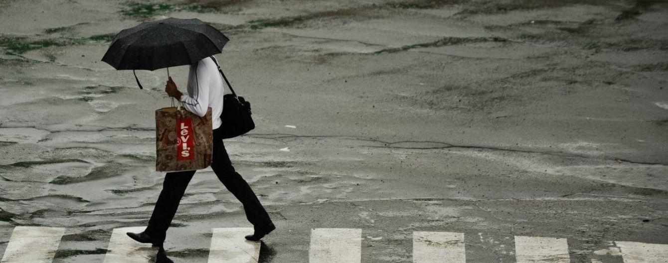 Одесскую область накрыла мощная непогода с ливнем, температура воздуха снизилась в два раза