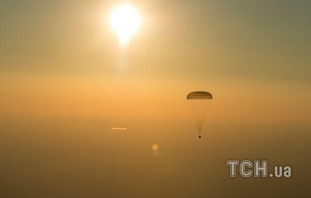 Півроку у космосі. З МКС на Землю повернулися троє астронавтів