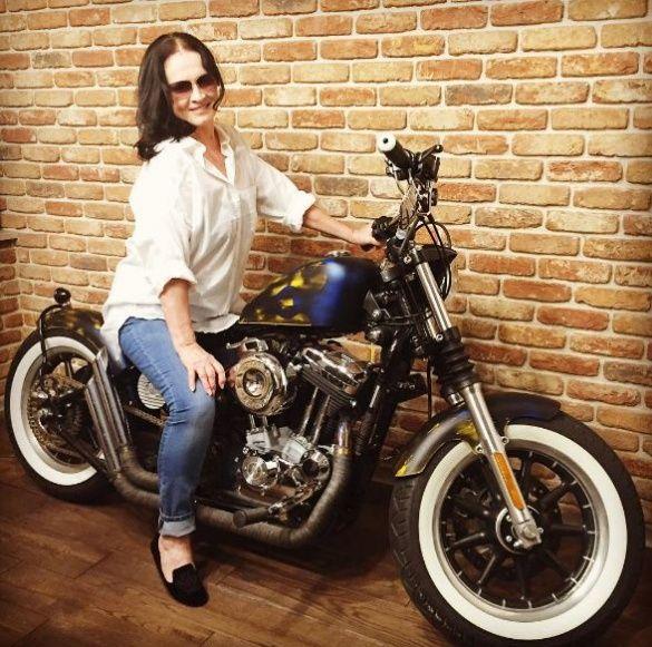 Ротару на мотоциклі