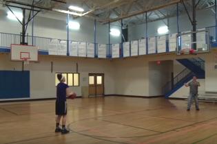 18-річна баскетболістка побила рекорд за кількістю триочкових за хвилину