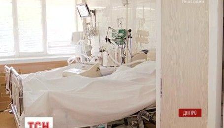 С зоны АТО 3 раненых бойцов вертолётом доставили в больницу имени Мечникова
