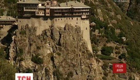 Реликвии государства Афон: как живет знаменитое монашеское государство, куда не пускают женщин