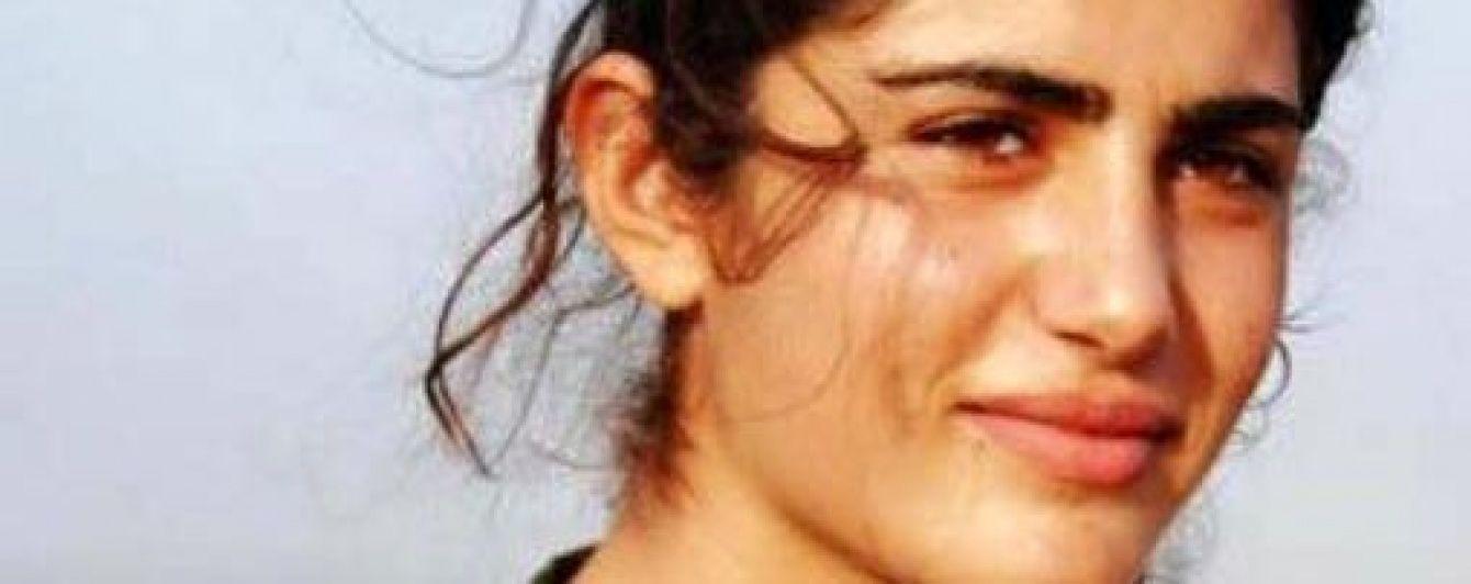 """У Сирії вбили """"Анджеліну Джолі Курдистану"""", яка воювала проти """"Ісламської держави"""""""