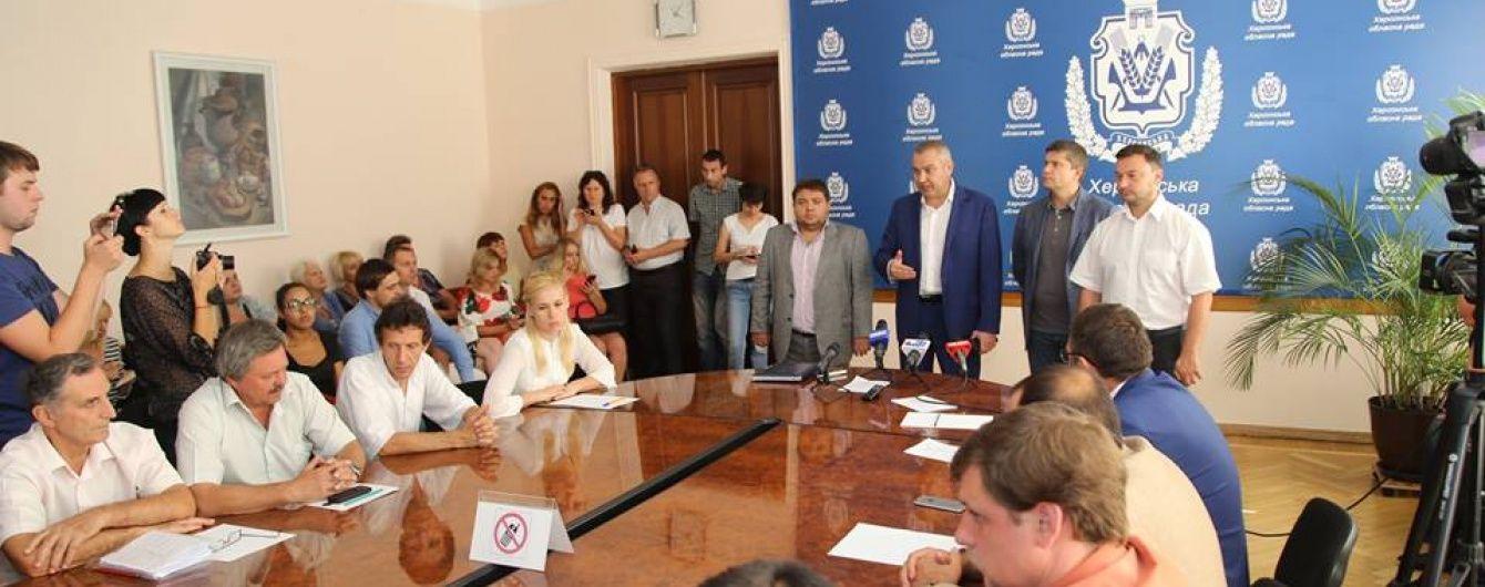 Екс-голова Херсонської облради порівняв свою відставку із захопленням Криму