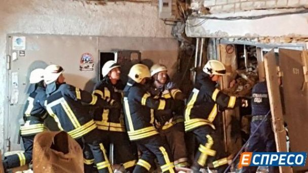 У Києві унаслідок вибуху в гаражі у Подільському районі постраждав чоловік