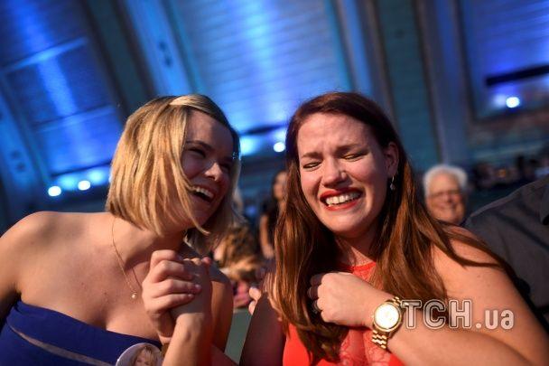 Голлівудська усмішка й сльози радості. У США коронували Міс Америку