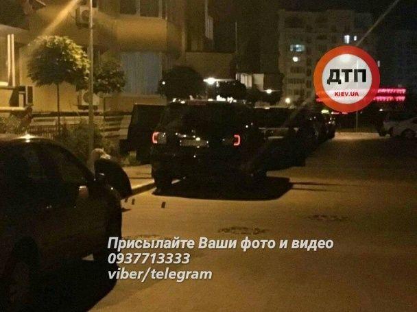 У Києві невідомі викрали молоду пару і вивезли автомобілем із латвійськими номерами