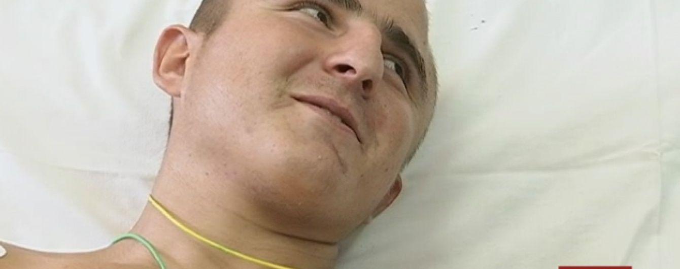 23-річний боєць вже місяці живе з осколком міни у серці