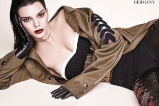 """Фатальна красуня: сестра Кім Кардашян прикрасила """"біблію моди"""" Vogue"""