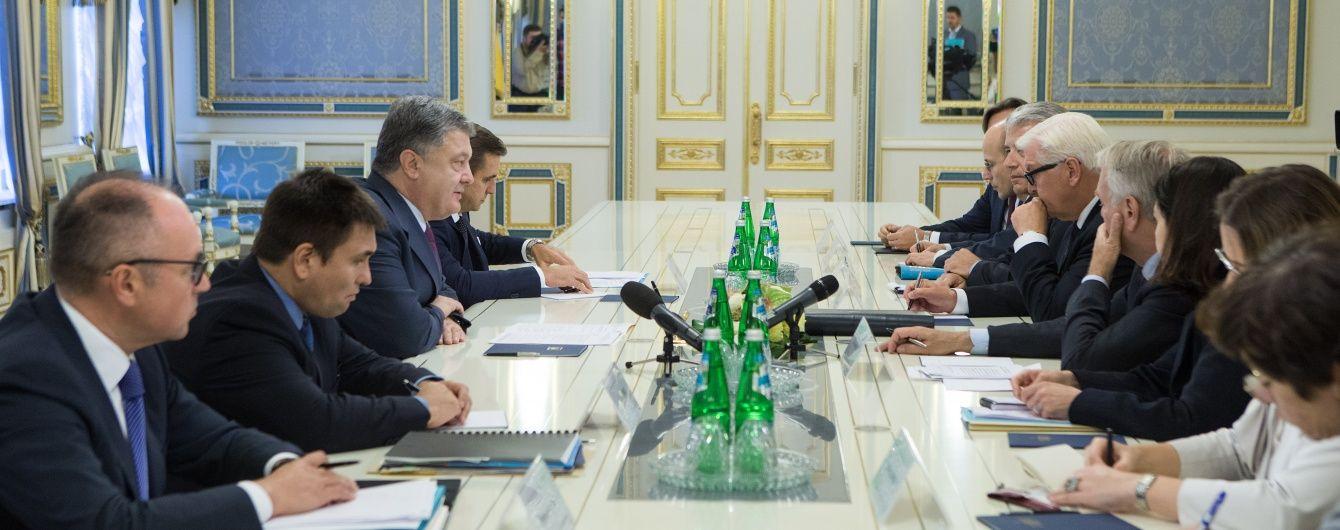 """Франція наполягає на прийнятті законодавства про """"особливий статус"""" і вибори на Донбасі"""