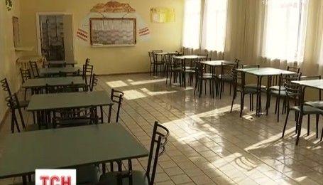 Одну из школ Харькова закрыли на карантин из-за вспышки неизвестной инфекции