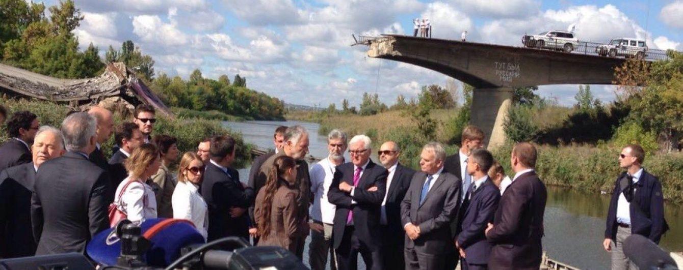Клімкін показав міністрам Франції та Німеччини зруйнований бойовиками міст у Слов'янську