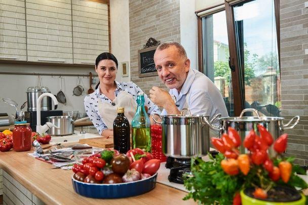 Савва Лібкін і Людмила Барбір пригостять українським гаспаччо всю родину посла Іспанії в Україні