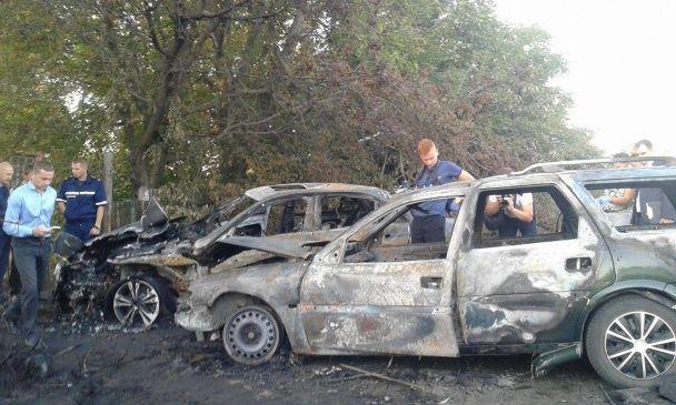 Вогненна ДТП під Вінницею: невідомі спровокували аварію і обстріляли водія