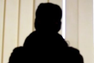 """Анонимные """"мстители"""" взяли ответственность за разбитые мемориальные доски бойцам АТО в Полтаве"""