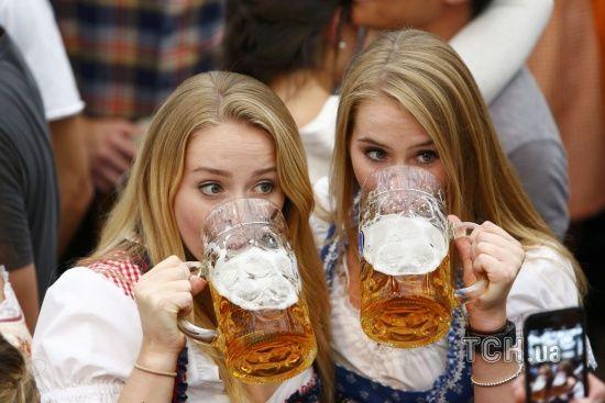 Лагер чи ель: чим відрізняються два найпопулярніші у світі типи пива. Інтерактивна інфографіка