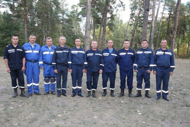 Українські рятувальники провели видовищні навчання разом із Порошенком