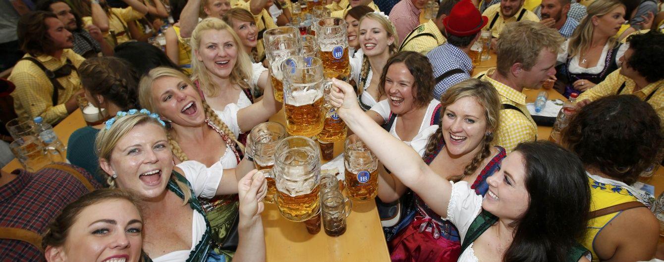 Мільйони літрів пива та столітні традиції: що потрібно знати про популярний Октоберфест. Інфографіка
