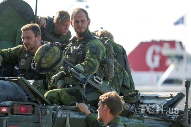 Швеция стягивает войска к своему острову в Балтийском море. Вероятная причина — российская угроза