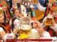 Уперше в масштабному параді національних костюмів у Мюнхені взяли участь українці