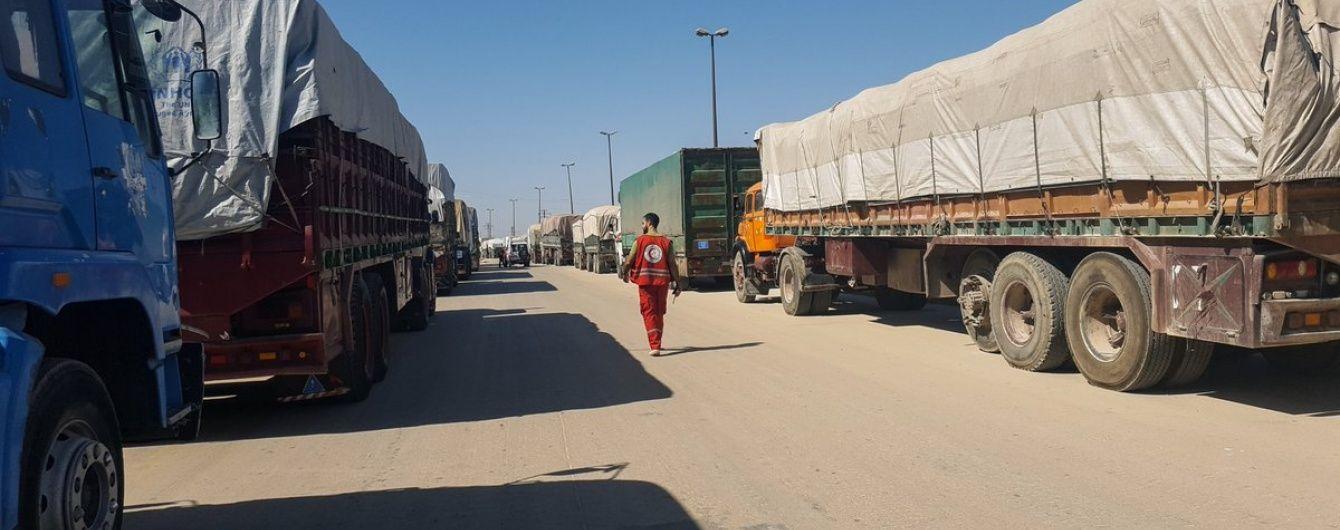 Поблизу Алеппо авіація розбомбила гуманітарний конвой