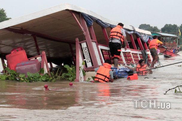 Количество погибших в теплоходной катастрофе в Таиланде удвоилось, троих до сих пор не нашли
