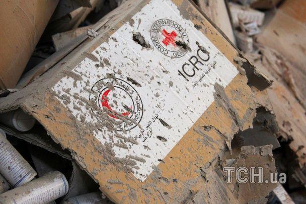 ООН залишає жителів Сирії без гуманітарної допомоги після бомбардувань гумконвоїв в Алеппо